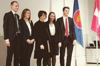 Prominenter Besuch beim Startschuss der Internationalen Studierendenprojekte 2018