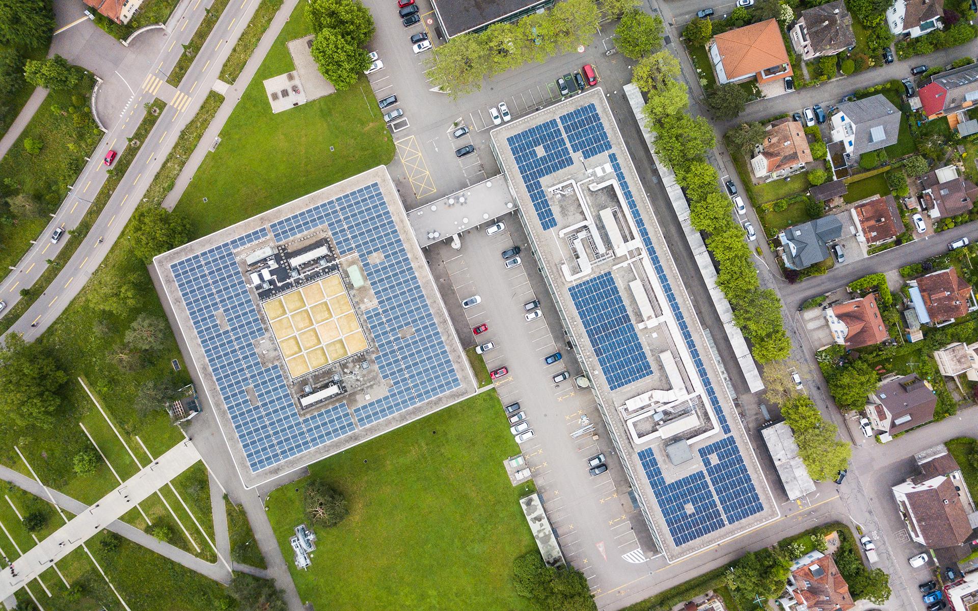 solaranlage-gebäude2_high.jpg