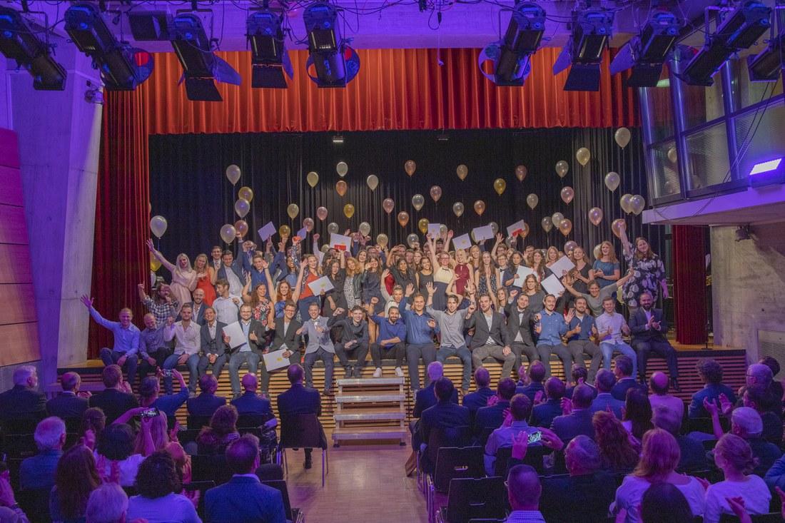 HLS_Diplomfeier 2019.jpg