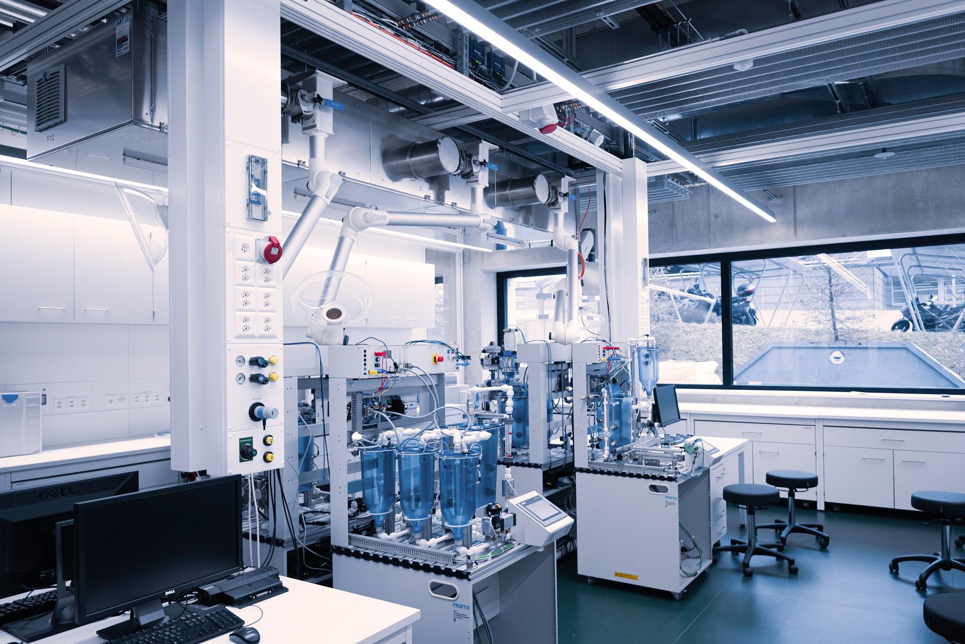 Pharmaprozesstechnik_3_web_korr.jpg