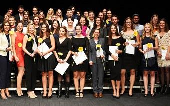Diplomfeier Angewandte Psychologie: 103 Abschlüsse