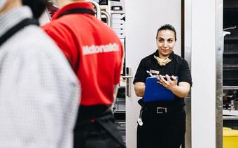 McDonald's-Filialen begehen neue Wege in der Personalauswahl und -entwicklung