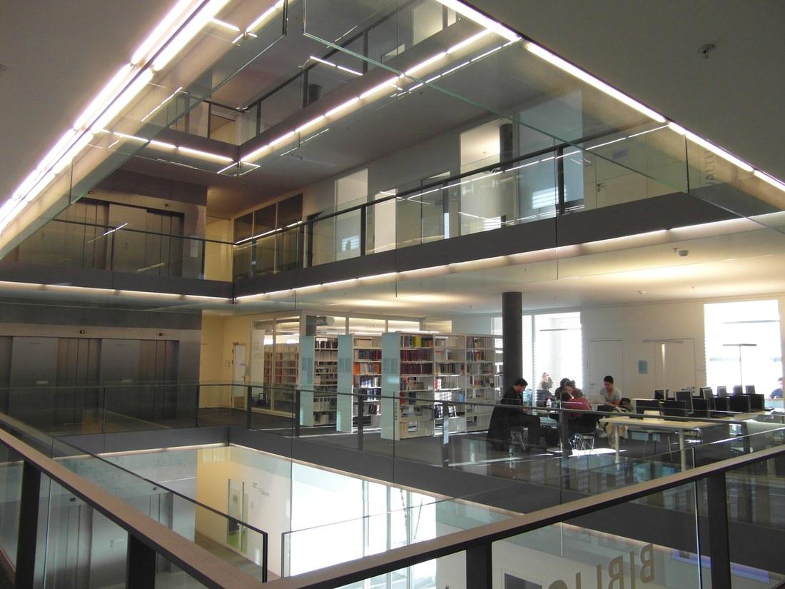 Bibliothek UB Wirtschaft