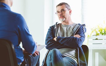 Warum Soziale Arbeit und Gesundheitsversorgung stärker zusammenarbeiten müssen