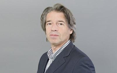 Prof. Dr. Adrian Specker