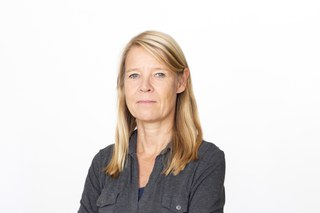 Prof. Annette Helle