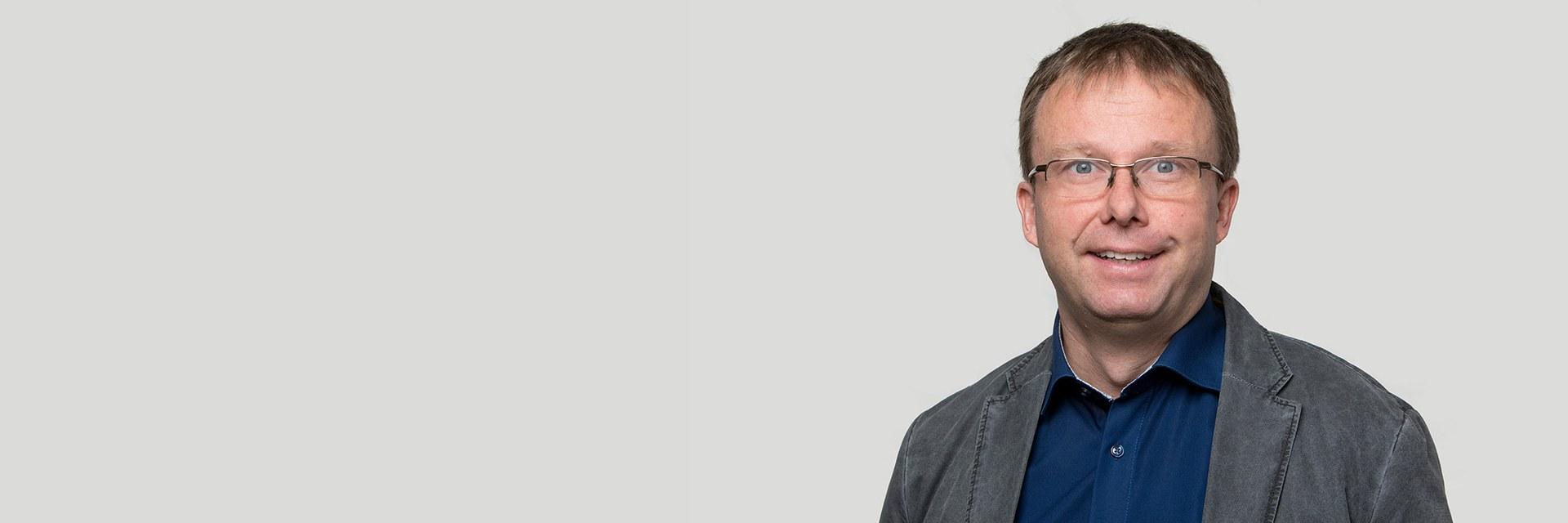 Dr. Christoph Mattes