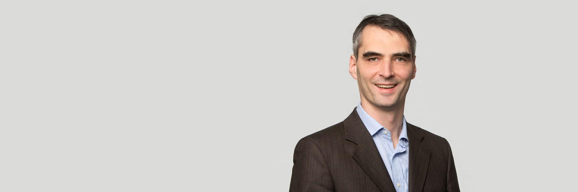 Dr. Clemens Kustner