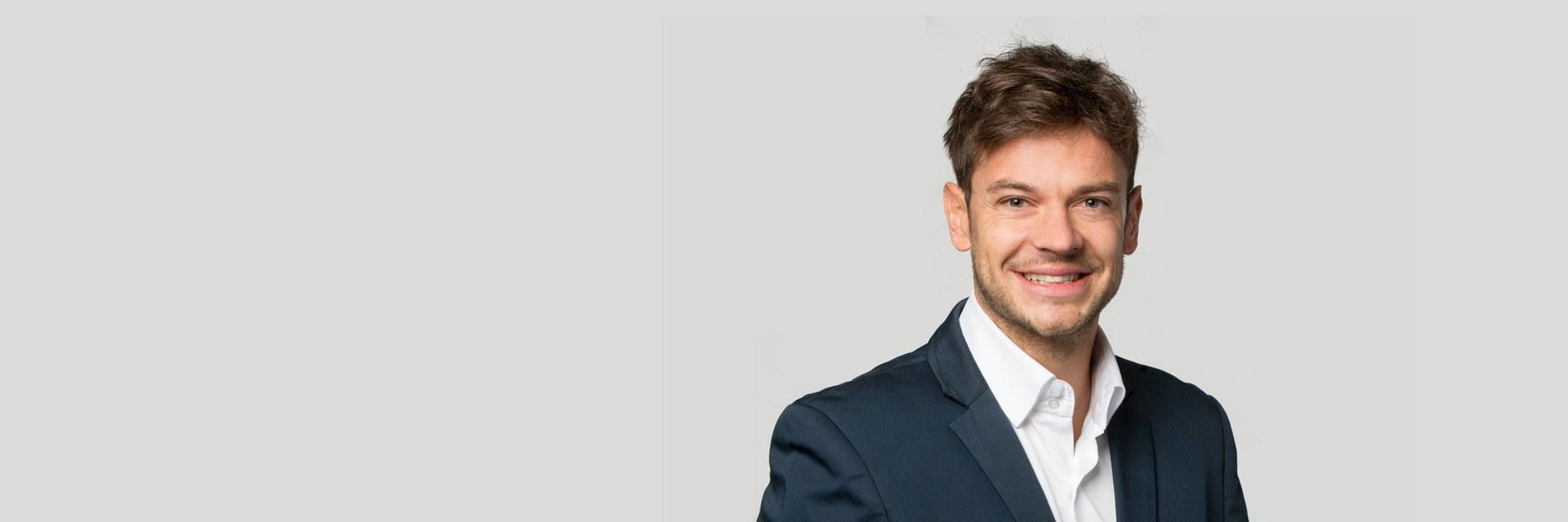 Dr. Emanuele Laurenzi