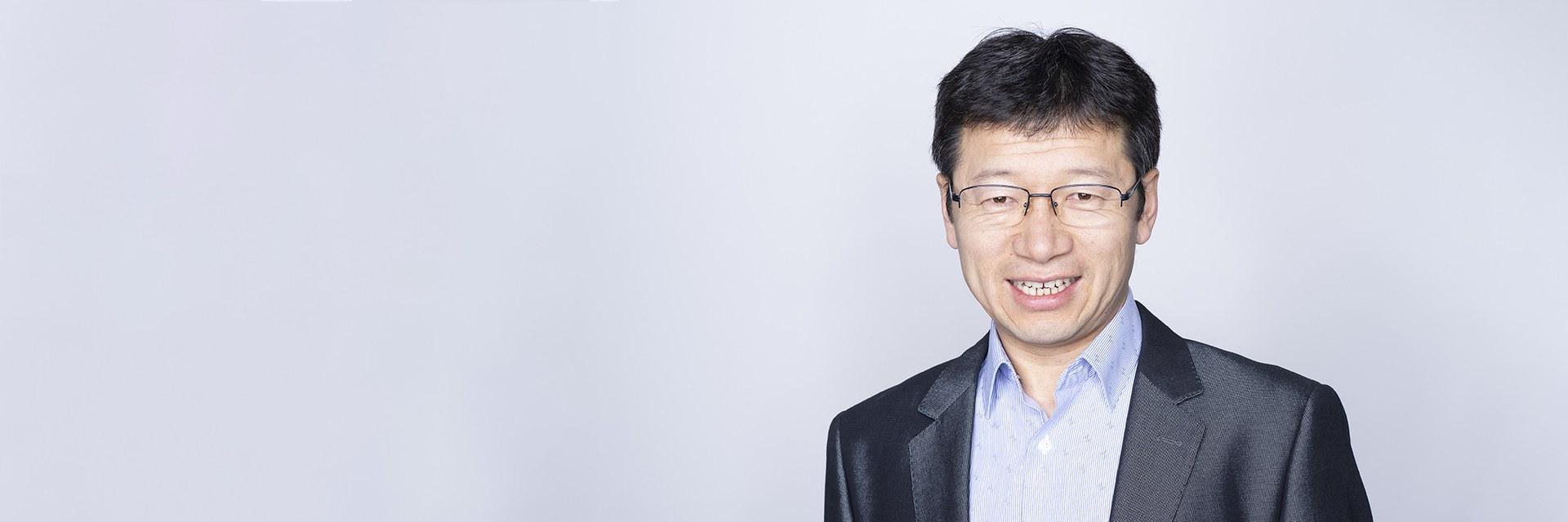 Fengyong Zhang