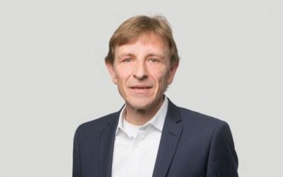 Prof. Hanspeter Knechtli