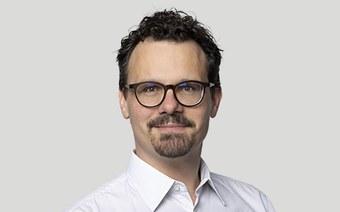 Dr. Lukas Neuhaus