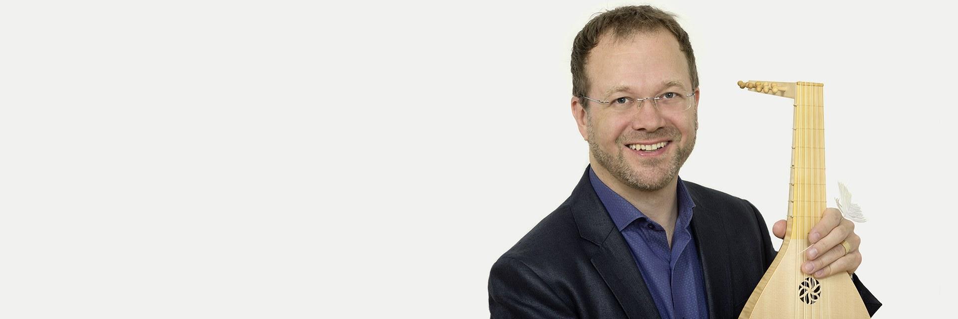 Prof. Dr. Marc Lewon