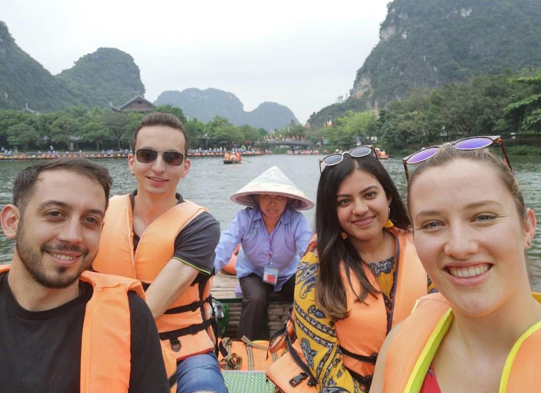 10_exploreasean-boat.jpg
