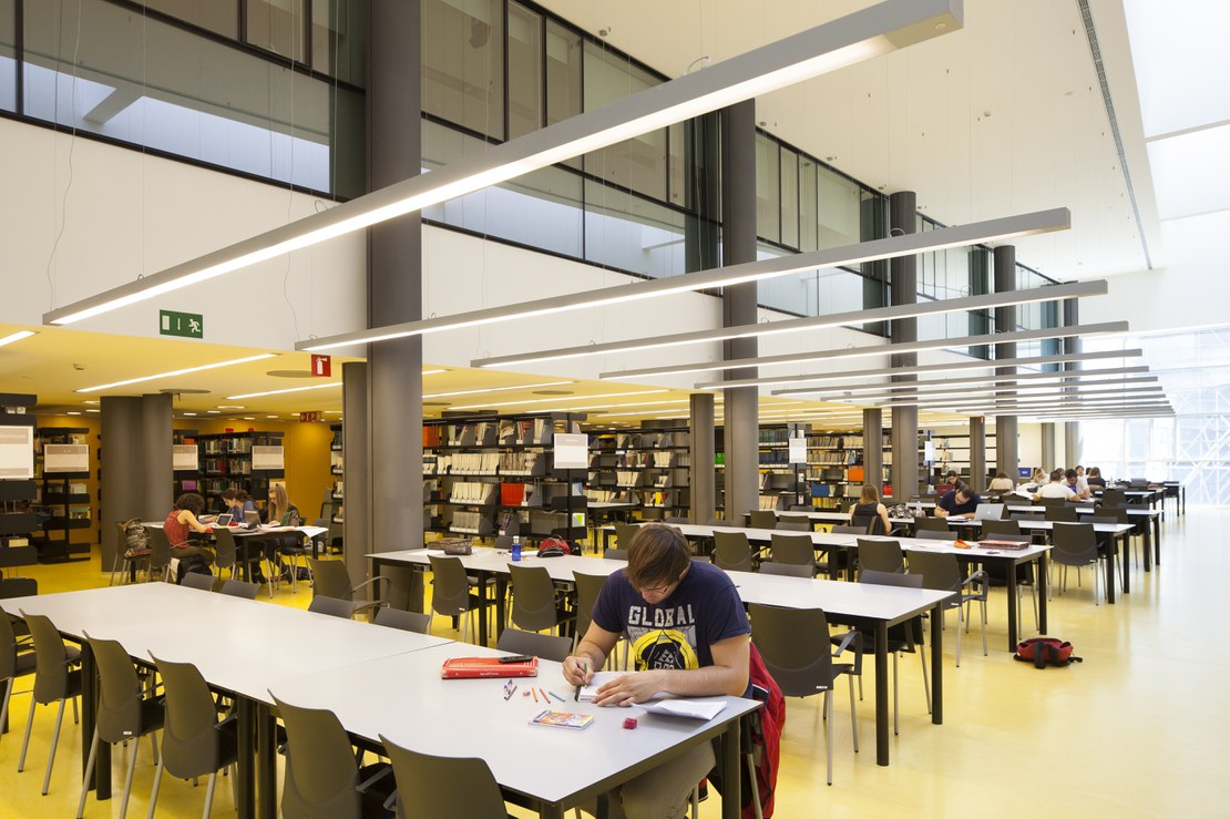 03_library.jpg