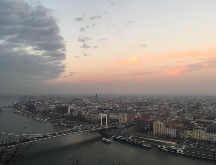 2 Bild1_Katalina Deckert_HS18_Budapest.jpg