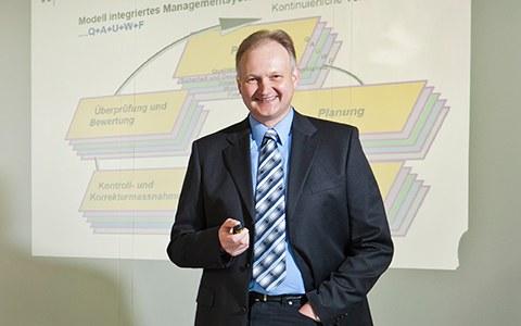 Rüdiger Marks, Head of Engineering bei Stadt Zürich ERZ Fernwärme