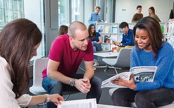 Bachelor in International Business Management (trinational)