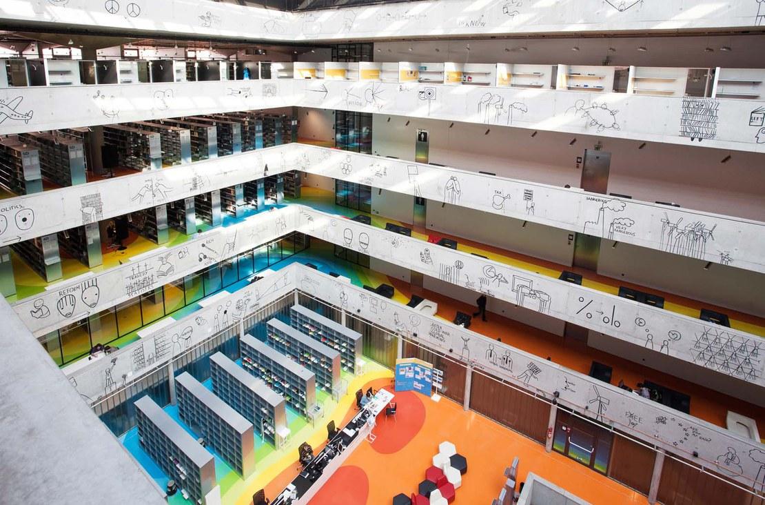 03_library_indoor.jpg