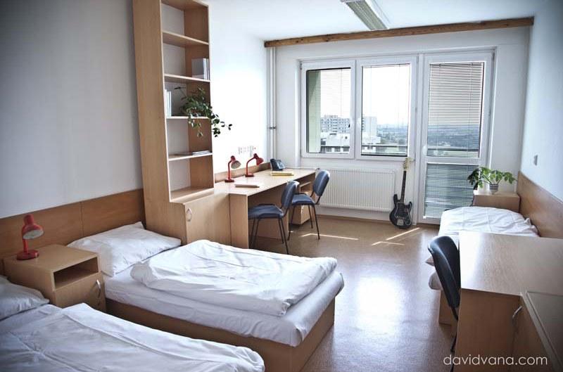 11_accommodation_indoor.jpg