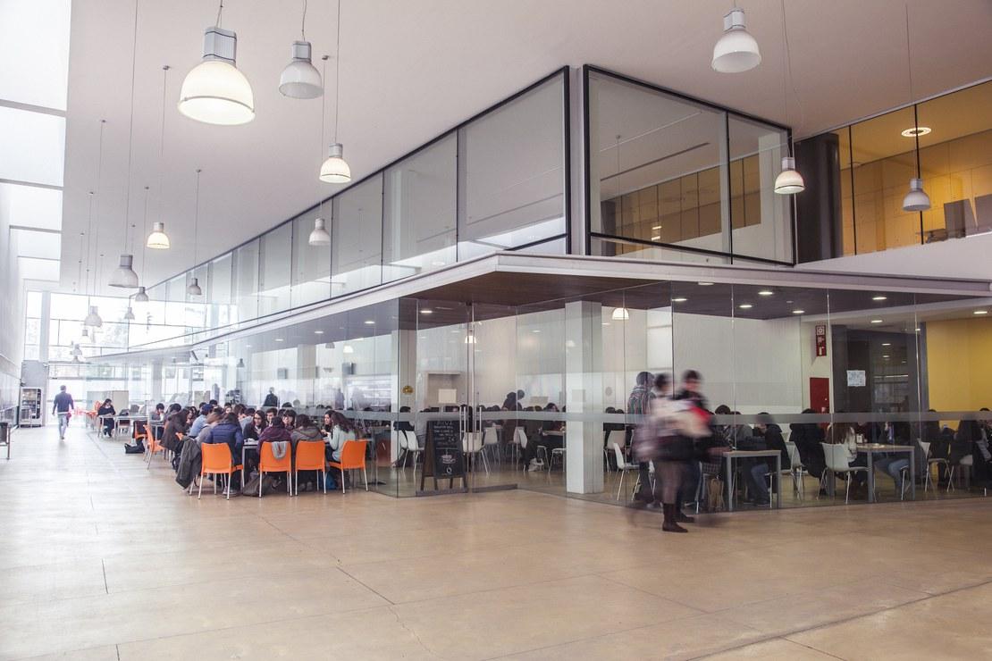 02_cafeteria._2.jpg