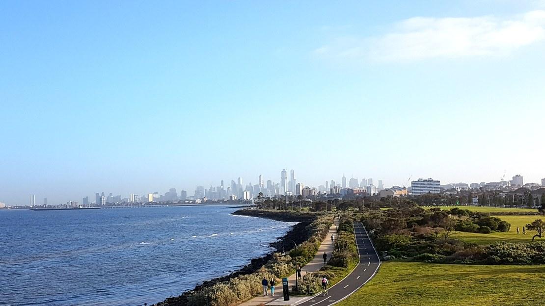 02_Melbourne_skyline.jpg