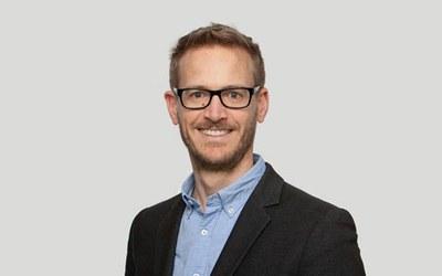 Dr. Johan Paul Lindeque