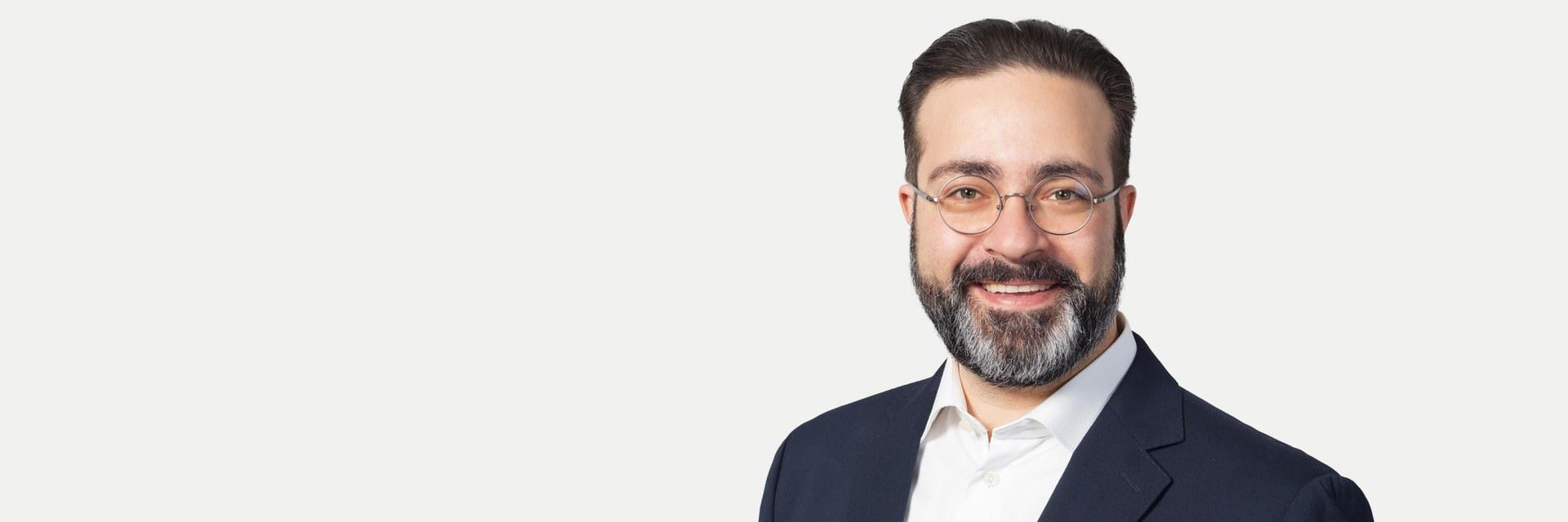 Dr. Maurizio Gullo