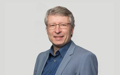 Prof. Ralf Woelfle