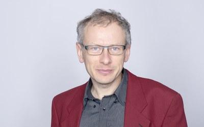 Dr. Thomas Petermann
